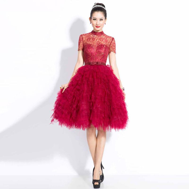 红色蕾丝蓬蓬裙搭配图片