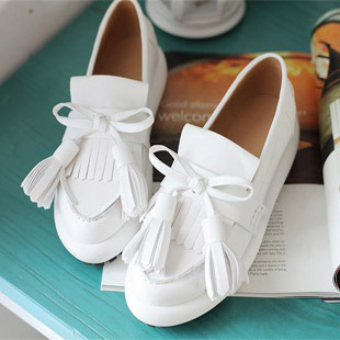 小白鞋夏天搭配图片_小白鞋夏天怎么搭配