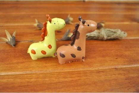 萌摆件送女朋友创意浪漫可爱礼物亲吻长颈鹿小动物