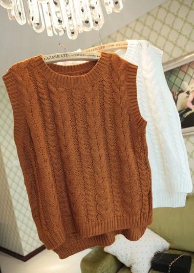 麻花针织毛衣背心搭配