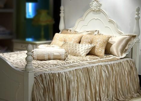 奢华欧式床品搭配图片