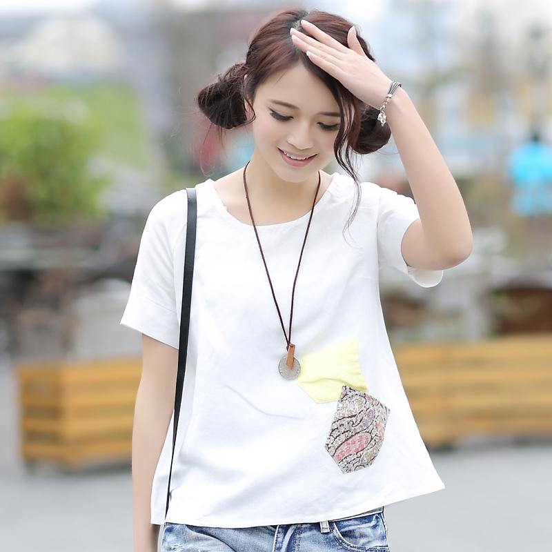 白色麻料短袖搭配图片