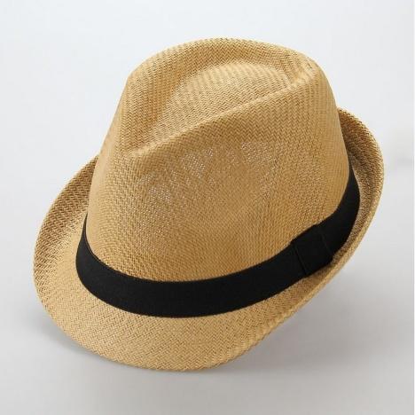 男生韩版帽子搭配牛仔裤图片