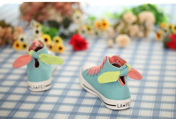 【可爱兔耳朵帆布鞋】-鞋子-维尼的鞋柜-蘑菇街优店