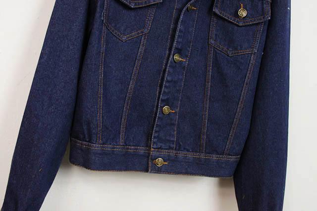【背面刺绣字母深色牛仔外套】-衣服-其他外套