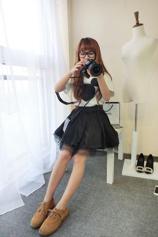 可爱的小米奇t,搭配黑色蓬蓬裙调皮可爱