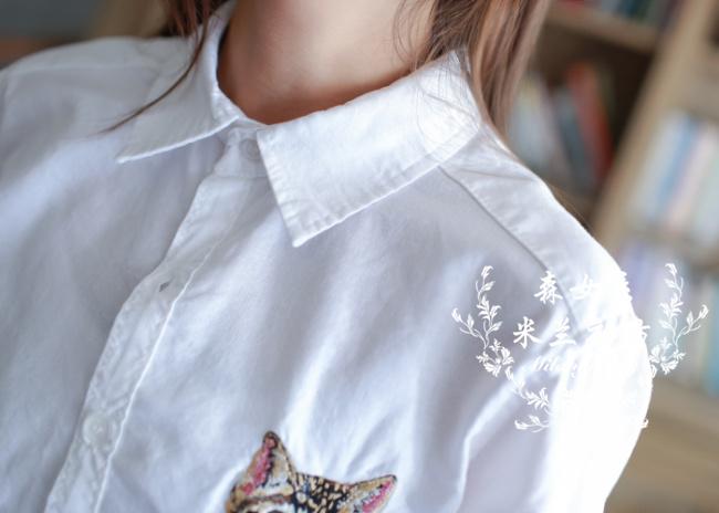贴布刺绣可爱猫咪翻领棉麻衬衫