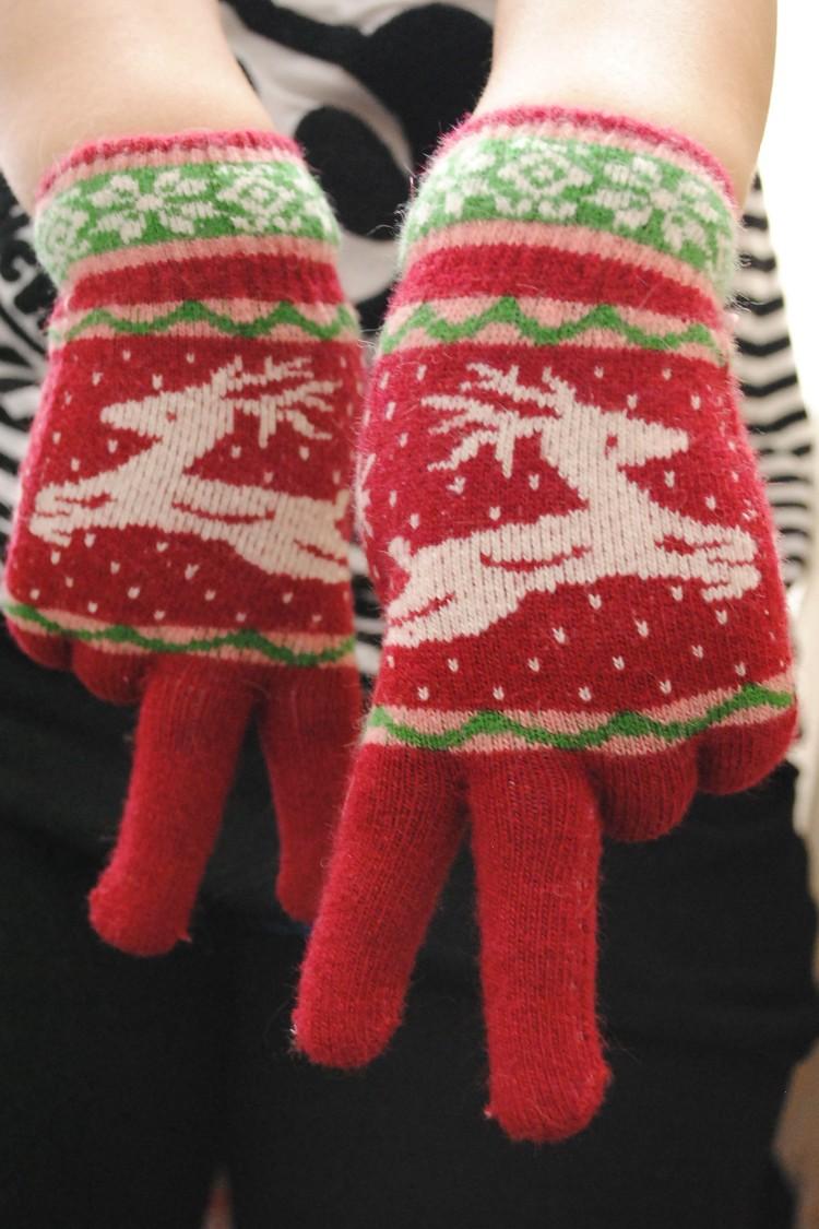 圣诞鹿兔羊毛五指手套