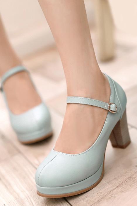 小公主 粗跟扣带高跟单鞋