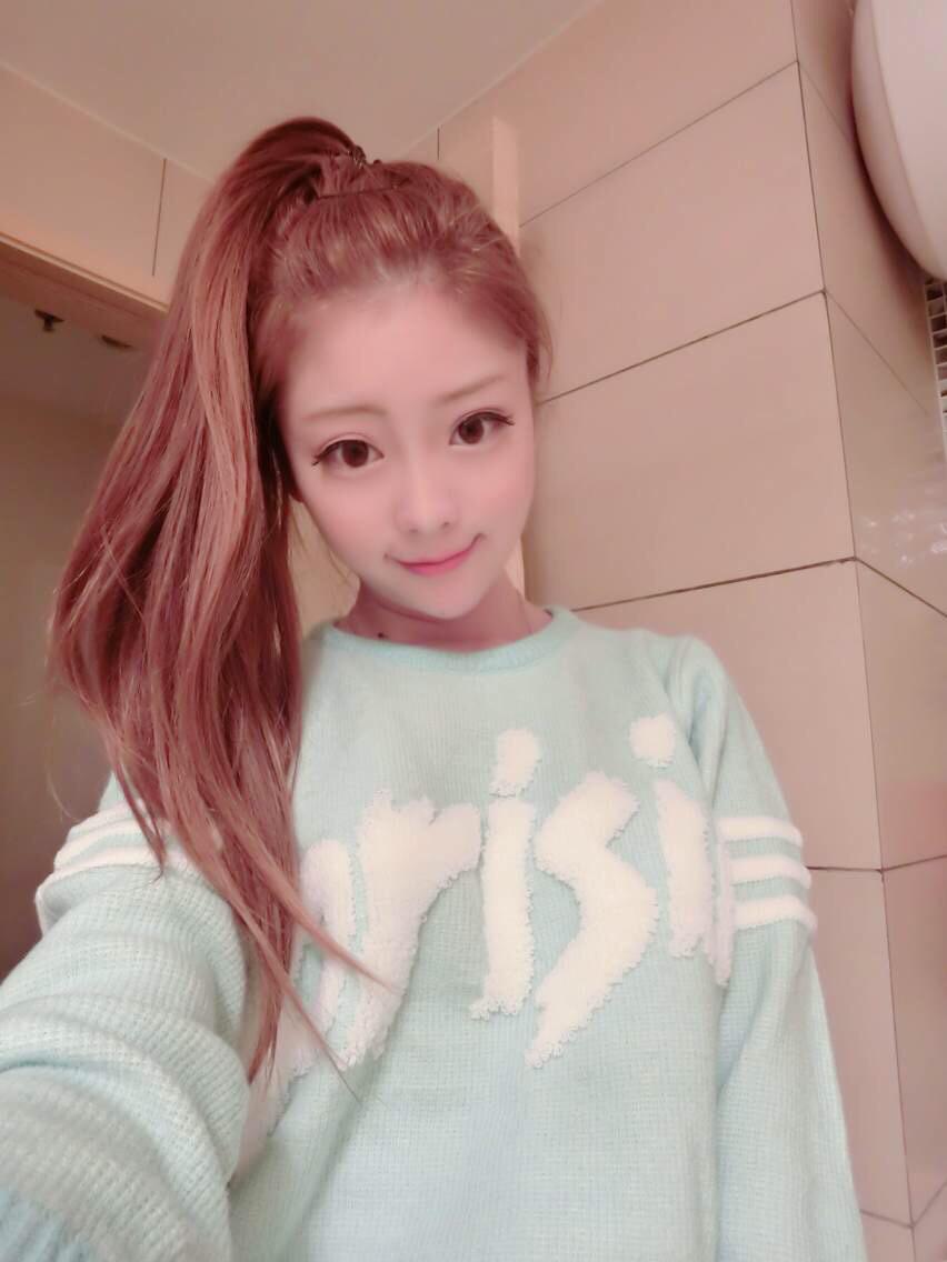 韩国代购 俏皮小可爱字母毛衣