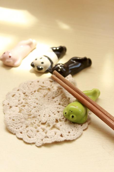 手绘款卡通可爱陶瓷筷子架垫-来自蘑菇街优店