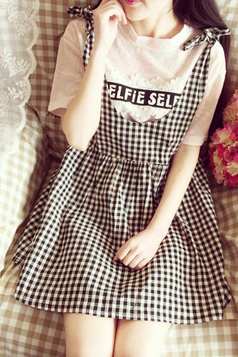 格格沐蝴蝶结娃娃背带连衣裙