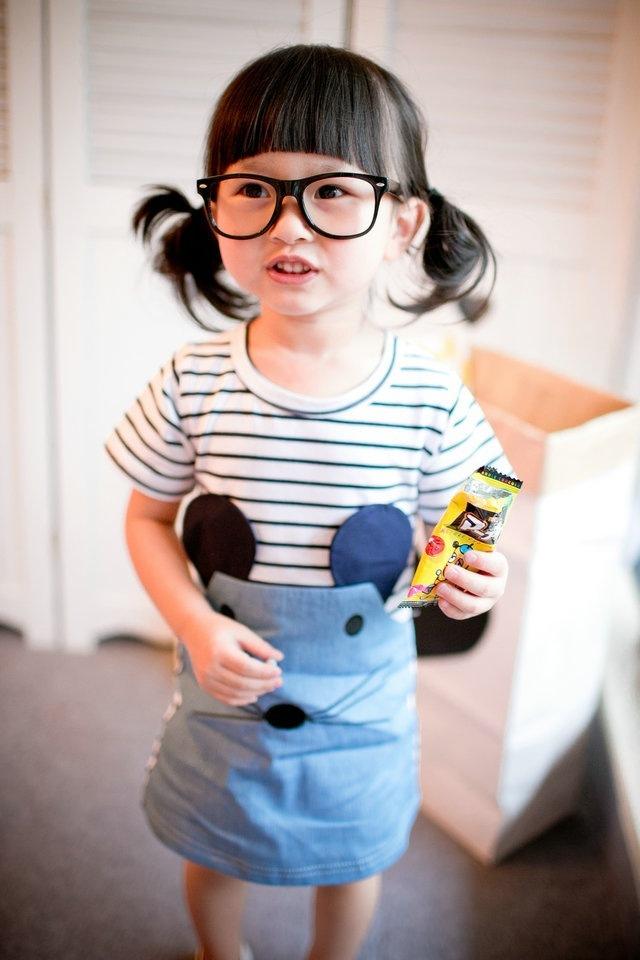 女童可爱老鼠拼接条纹连衣裙