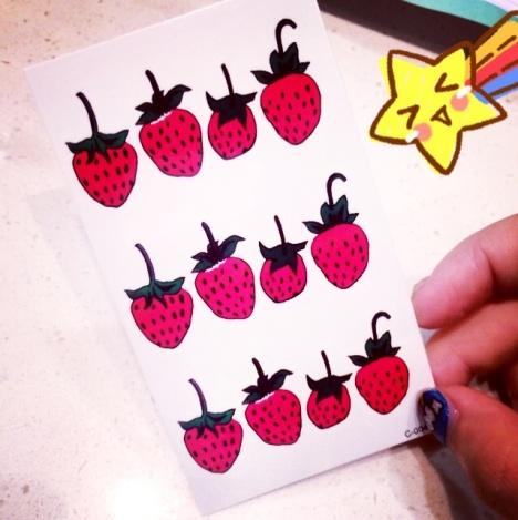 【原创可爱草莓纹身贴纸~ 光是】-无类目--鱼萌婧bc