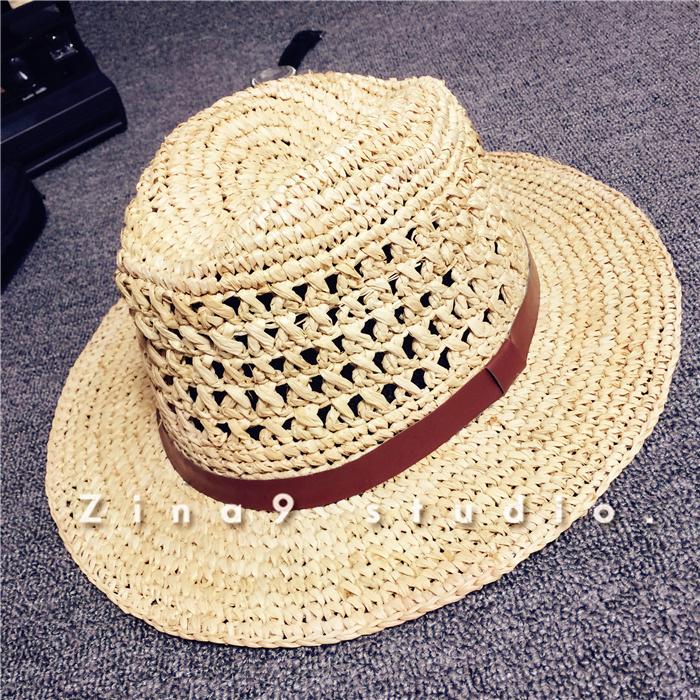细钩针镂空编织,超舒适透气凉爽,散发淡淡的草香味,复古爵士礼帽帽型