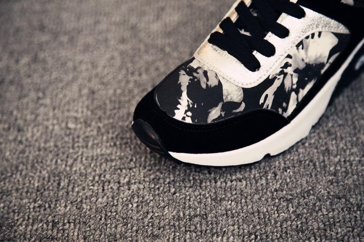 【新款花纹时尚运动鞋】-鞋子-女鞋_跑步鞋_服饰鞋包