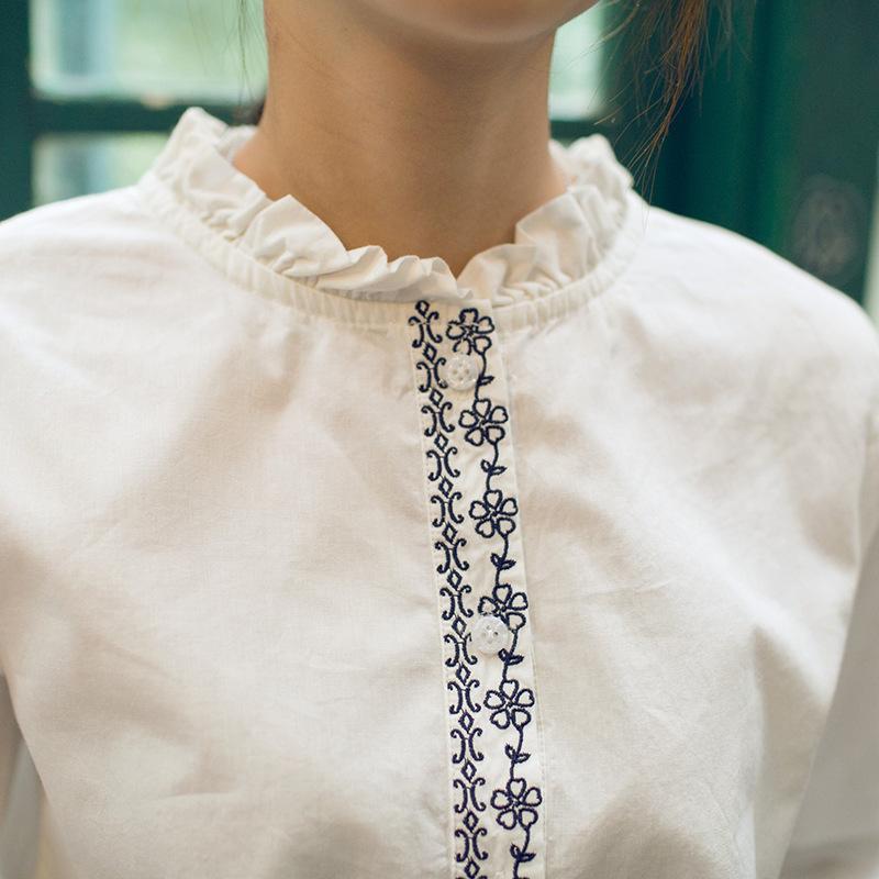 森系甜美花边领休闲白衬衣