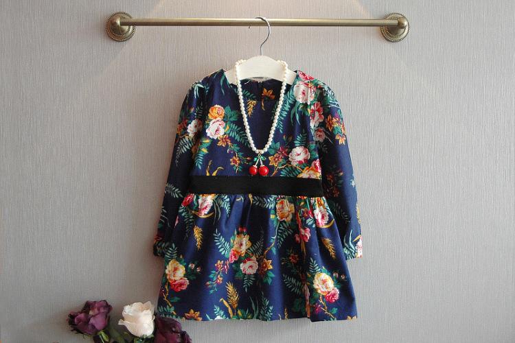 田园风花朵长袖连衣裙