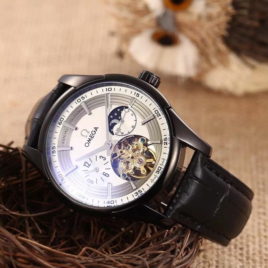 品牌:欧米茄 飞轮系列  类型:镂空飞轮男士机械表  表带:顶级牛皮图片