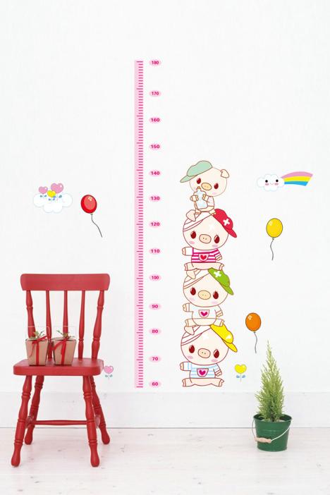可爱卡通小猪身高贴儿童房幼儿园背景墙装饰