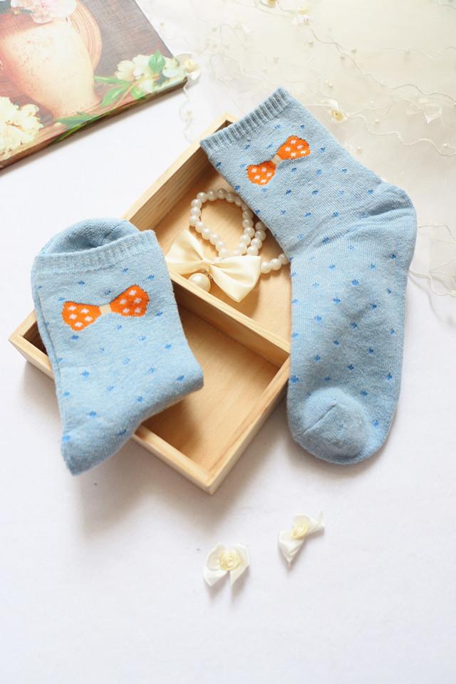 精美礼盒装可爱蝴蝶结加厚保暖中筒毛巾女袜子