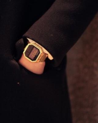 手表电子搭配图片_手表电子如何搭配