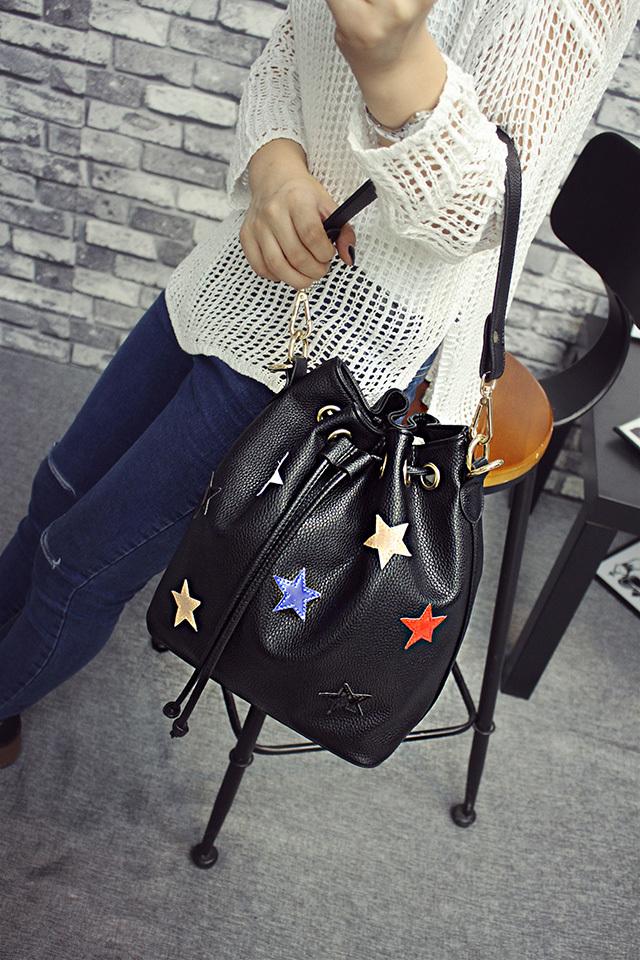 【韩版时尚五角星星手提抽带水桶包】-包包-箱包皮具