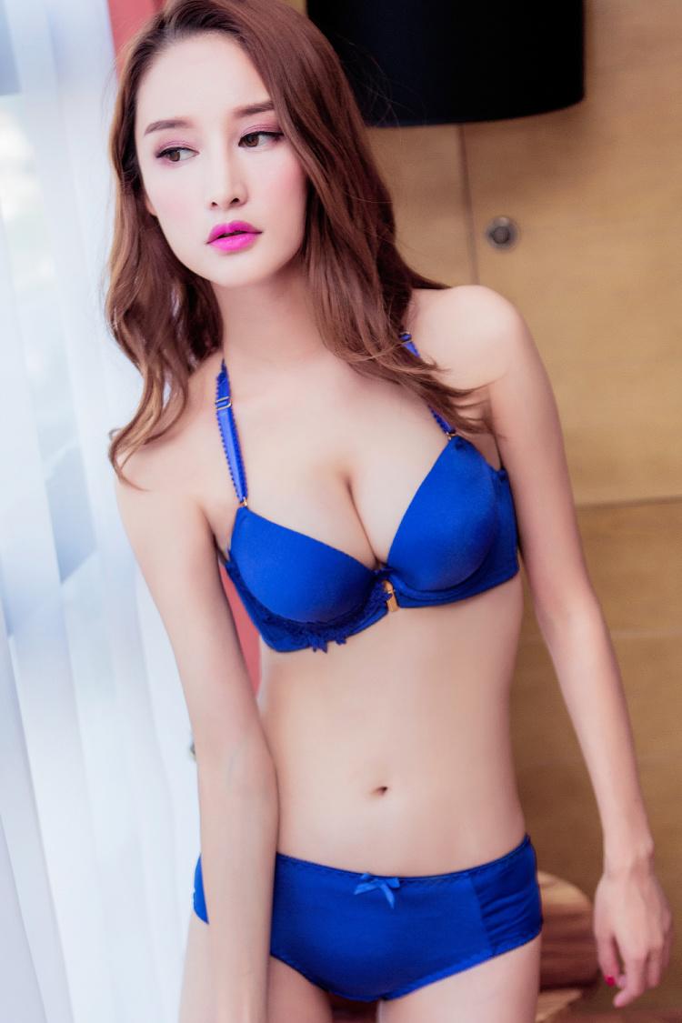 【曲姿娜 日系性感美背聚拢舒适文胸套装】-内衣-女士