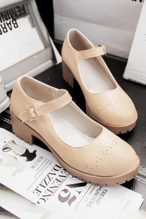 单鞋布洛克新款,镂空小皮鞋,大头娃娃鞋,学生平底日系,森女英伦风