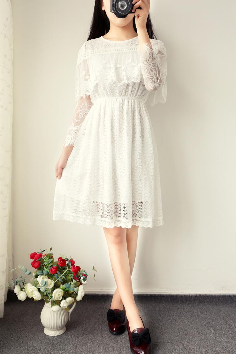 白色斗篷蕾丝花朵清新连衣裙