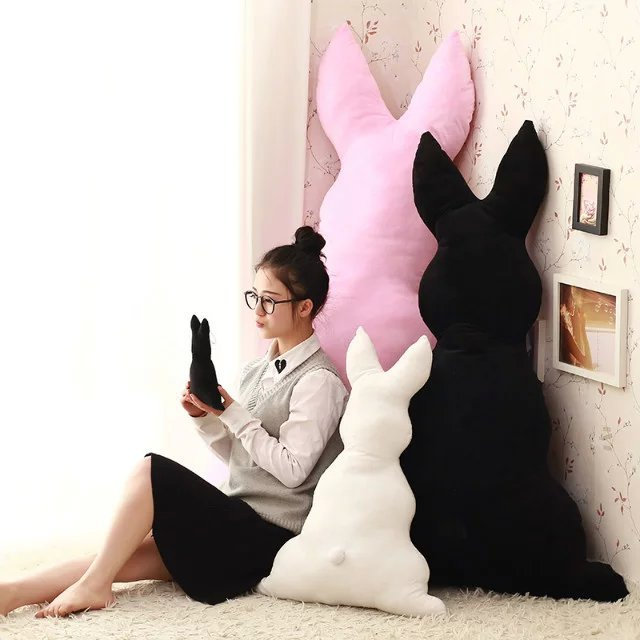 创意可爱兔子背影抱枕靠垫