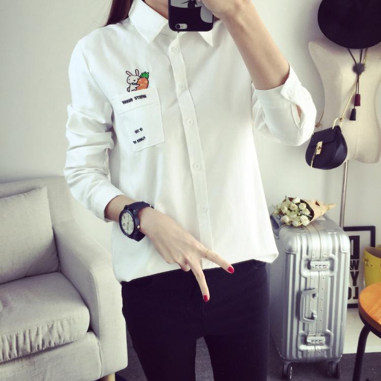 春装新款 刺绣兔子胡萝卜白色纯棉长袖衬衫