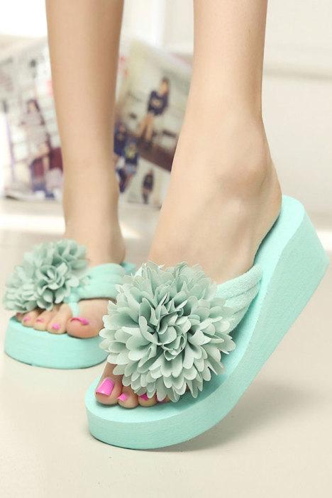 韩版手工立体玫瑰花朵夹脚拖鞋