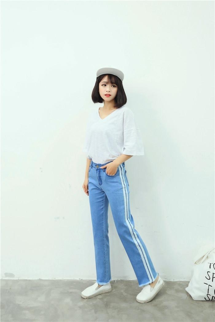 韩版休闲运动风撞色织带直筒牛仔裤