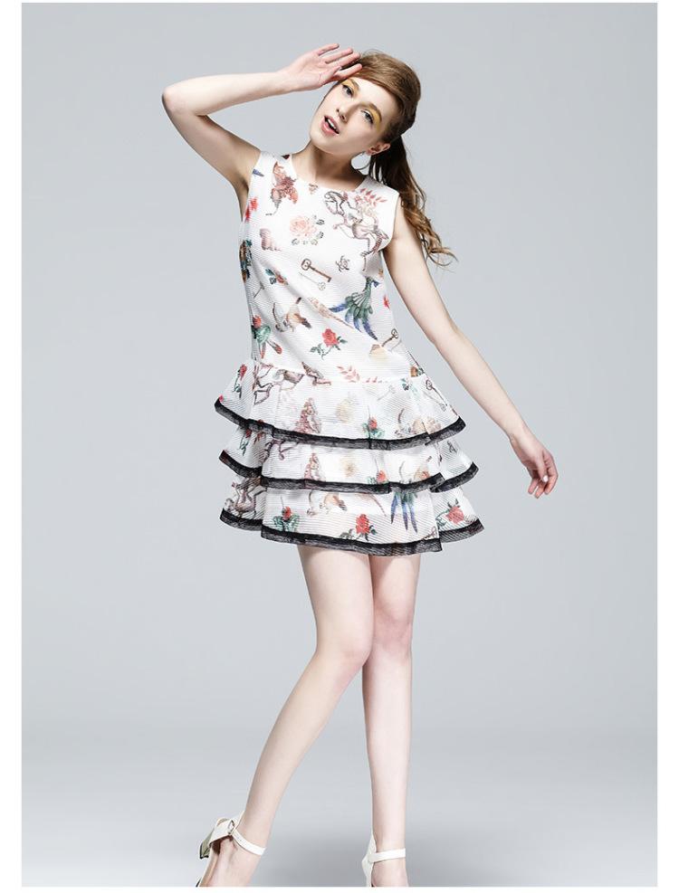 【马克华菲女装夏装新款甜美可爱少女风蛋糕裙】