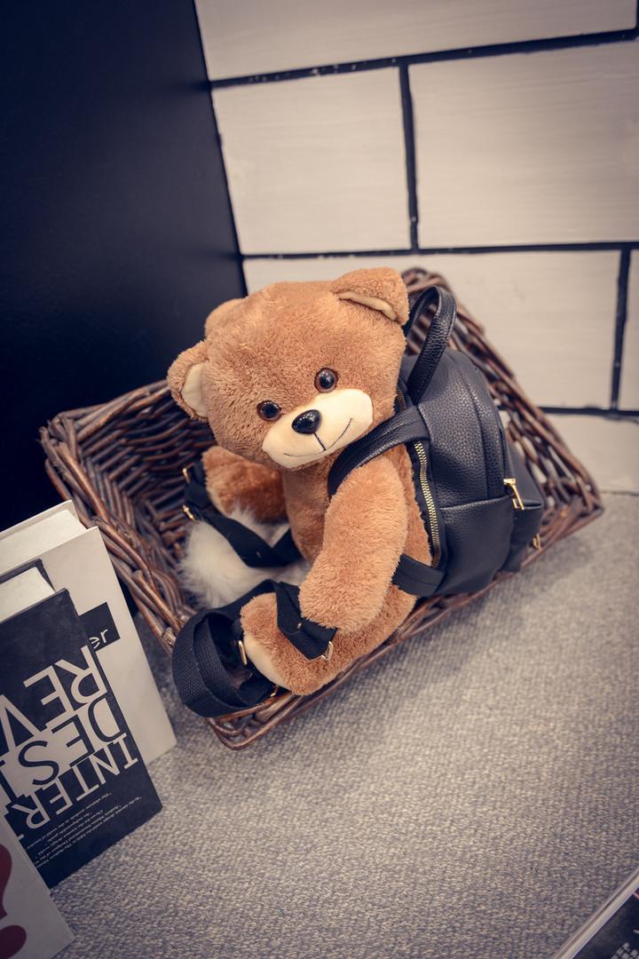 莫斯奇诺同款可爱小熊毛绒玩具趴趴熊双肩包